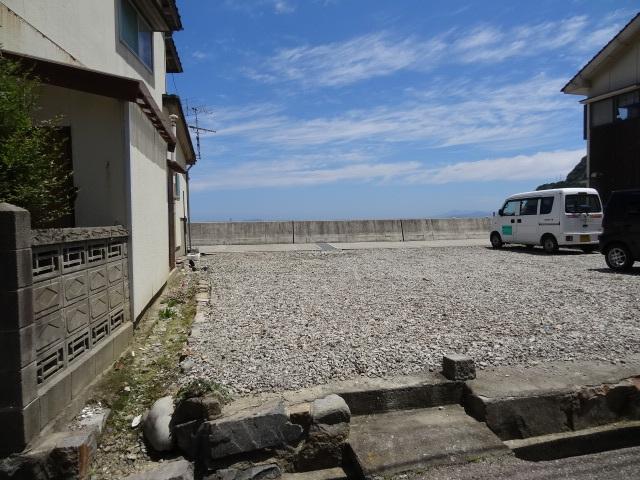 日本海を臨む町屋風古民家